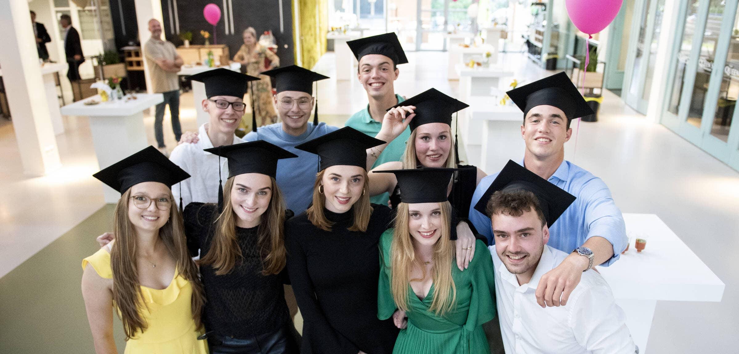Alumni – IHMS